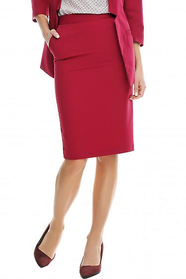 Юбка-карандаш малиновая Деловая женская одежда фото