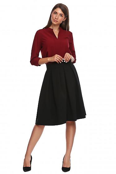 Юбка чёрная в складку с высокой талией. Деловая женская одежда фото
