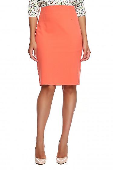 Юбка коралловая без пояса. Деловая женская одежда фото