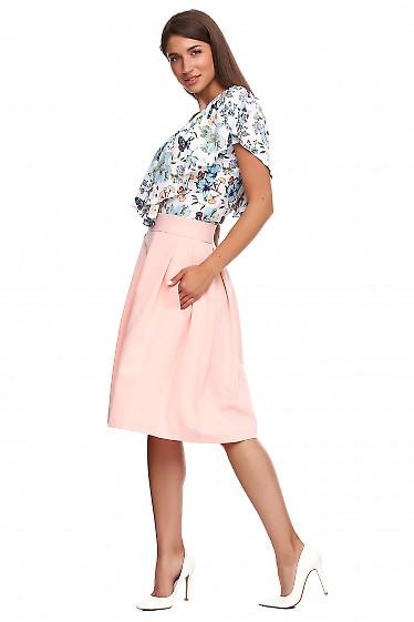 Купить персиковую юбку в складку. Деловая женская одежда фото