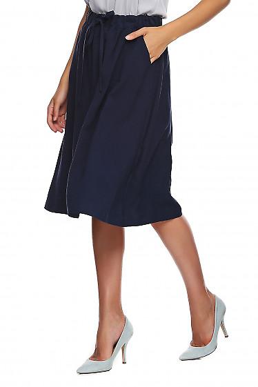 Купить синюю юбку на резинке. Деловая женская одежда фото