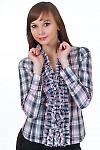 Блузка в розовую клеточку с рюшами Деловая женская одежда