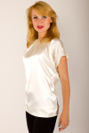Фото Блузка из атласа Деловая женская одежда
