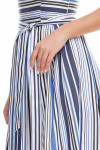 Фрагмент полосатого платья Деловая женская одежда фото